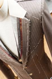 「スリムでシャープなシルエット オーダーで創るいまどきメンズスーツ」 榮屋本舗オリジナル『ユーロコンパクトスーツ』登場!