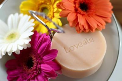 デリケートゾーンケアのLovealeラヴエルは、2015年6月10日(水)からショッピングサイト loveale.net「Lovealeサマーキャンペーン2015」を開催いたします。