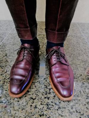 「ファイブワン イル プレドロ」公式ホームページを11/11リリース。 フィレンツェで腕を磨いた靴職人の神座健次が立ち上げたブランド。 高価なオーダーメイドの革靴が53000円の理由。